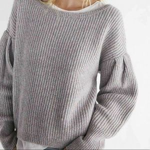 Express Volume Sleeve Pullover